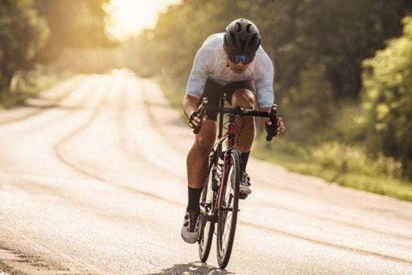 6 กีฬาที่สามารถทำได้คนเดียว ใคร ๆ ก็เล่นได้ - ปั่นจักรยาน